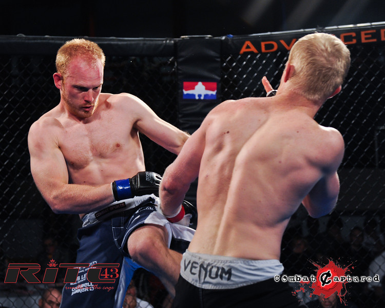 RITC43 B10 - Peter Neufeld def Trevor Wright_combatcaptured WM-0013.jpg