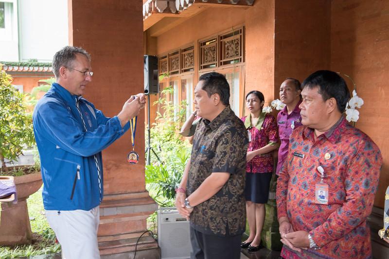 20170202_Peace Run Denpasar w_Mayor_048.jpg