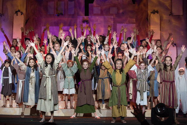 Christmas Musical 2018 - Right Out of Bethlehem