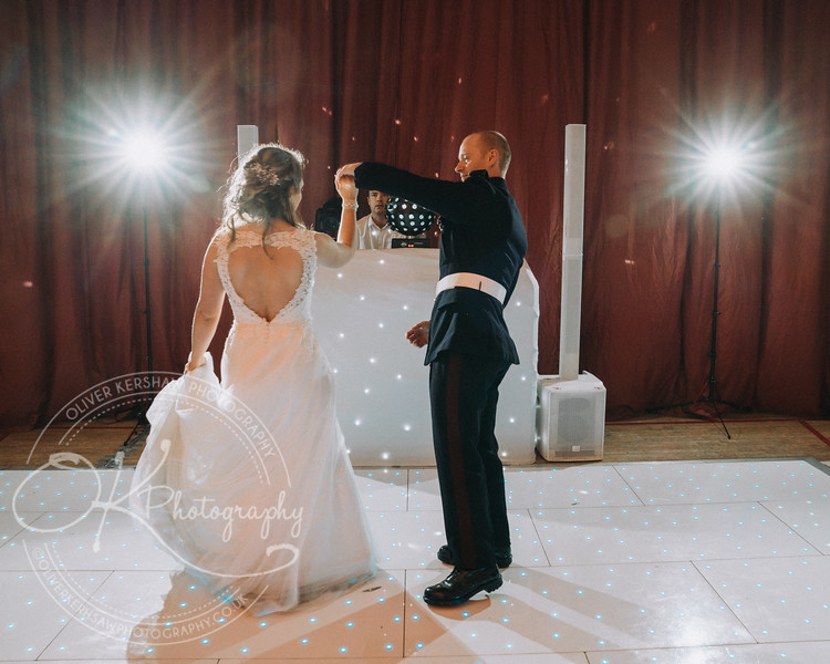 Wedding-Perry & Tara-By-Oliver-Kershaw-Photography-201835.jpg