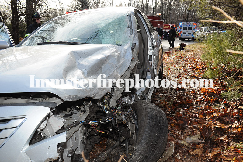 PFD MVA Plainview Rd Woodbury 1-19-15  0937 hrs 120 copy