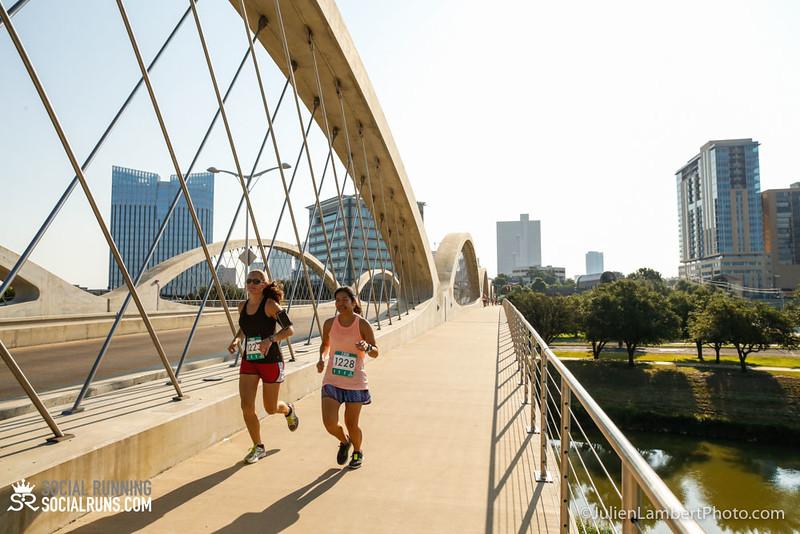 Fort Worth-Social Running_917-0214.jpg