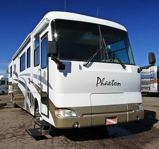 2004 Tiffin Phaeton 38GH