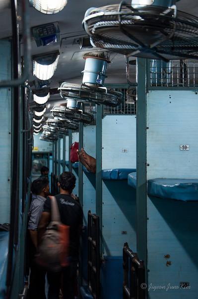 India-train-7240.jpg