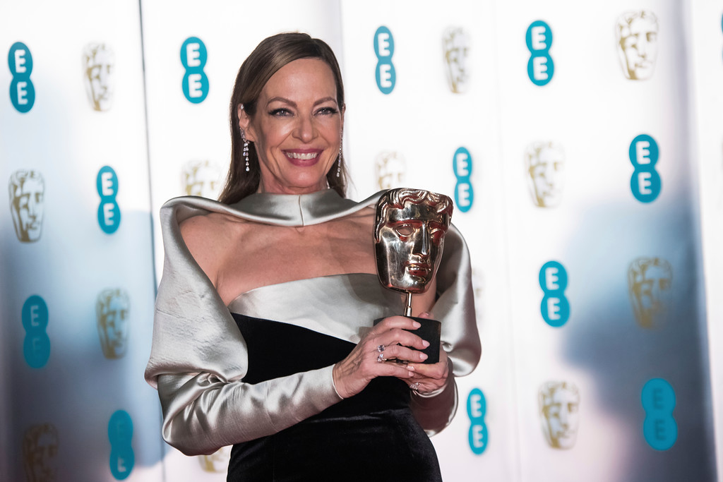 . Actress Allison Janney poses with her Best Supporting Actress award for \'I, Tonya\' upon arrival at the BAFTA 2018 afterparty in London, Sunday, Feb. 18, 2018. (Photo by Vianney Le Caer/Invision/AP)
