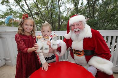 Ashton and Zoe's Santa Portraits
