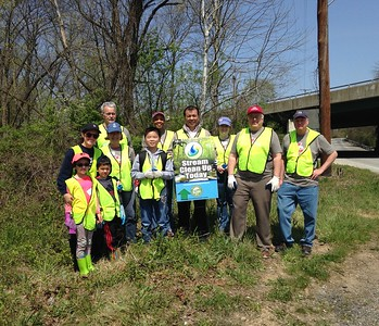 4.13.2017 Patapsco River Cleanup with MD Dept. of the Environment at N. Hammonds Ferry Rd.