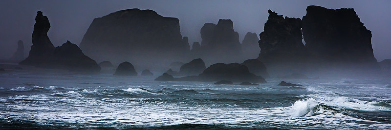 JM8_1228 Bandon Beach sea stacks LPN r3.jpg