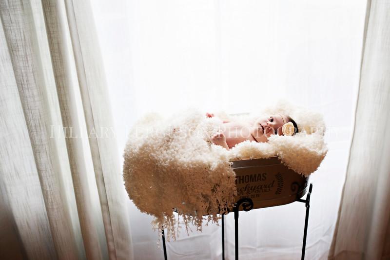 Hillary_Ferguson_Photography_Carlynn_Newborn184.jpg
