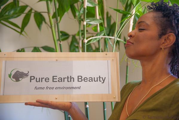 2013-06 Pure Earth Beauty