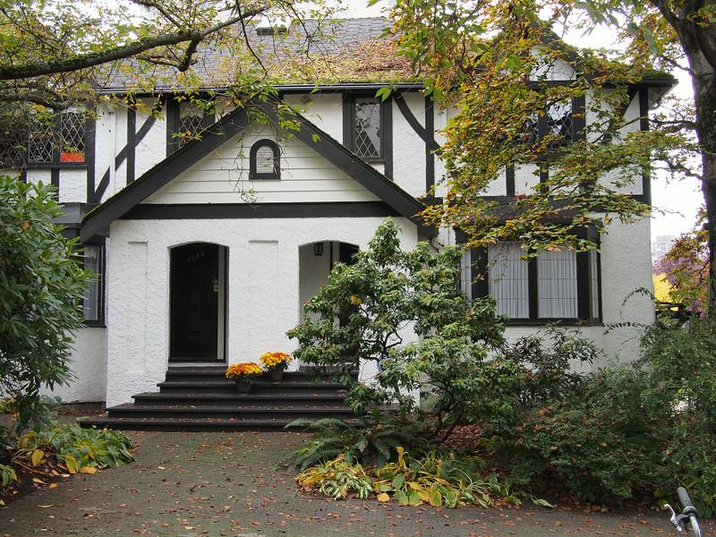 Oct. 20/13 - Charming house on Chilco Street
