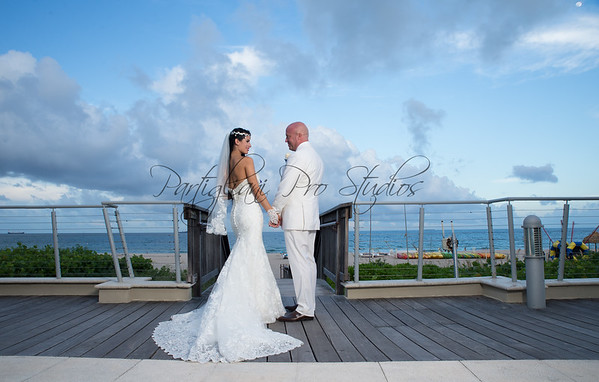 YAILEN & KARL, MARRIOTT HARBOR BEACH