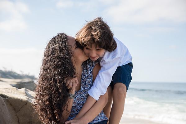 La Jolla Beach Family Portrait 92037