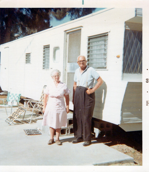 1968 Flo and Tony Konyha in Florida.jpeg