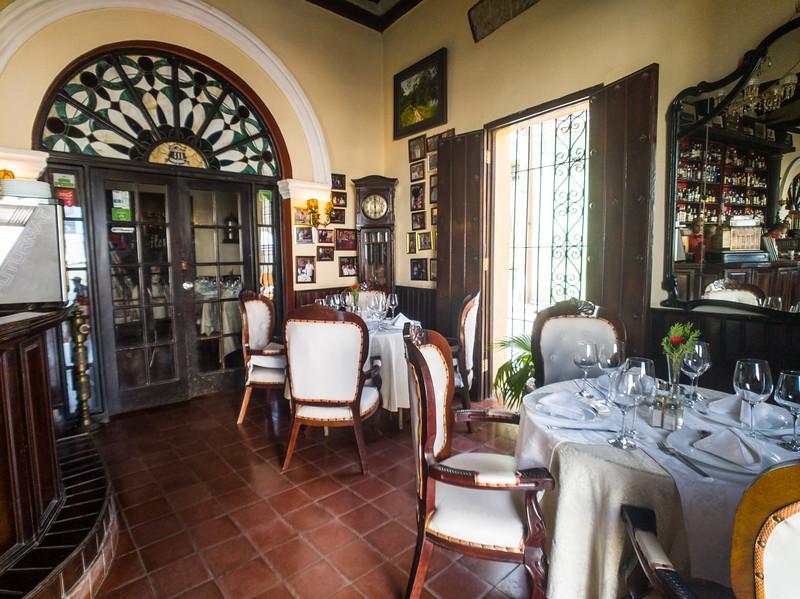 camaguey restaurante 1800-6.jpg