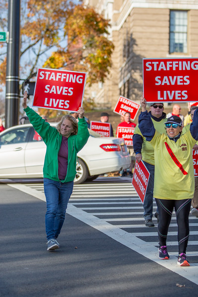 11-4-2019 Staffing Picket (16).jpg