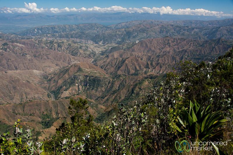 View from Pic Cabayo in Parc Nacional la Visite - Haiti