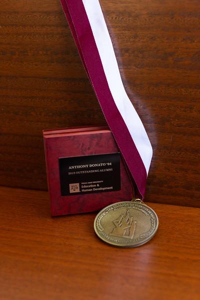 OA Medallion_0004.jpg