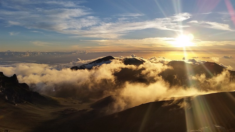 things to do in Maui - Haleakala Sunrise