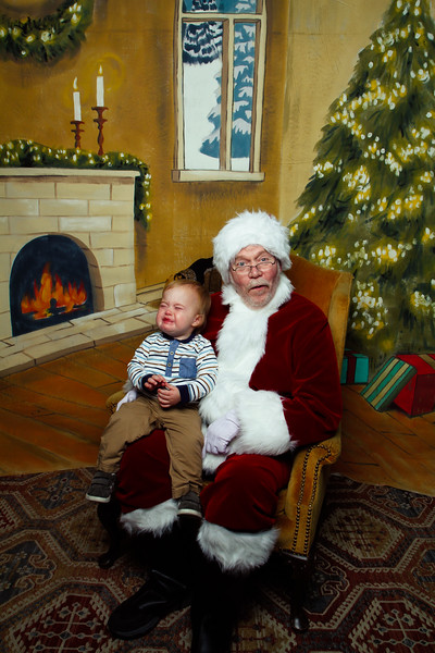 Pictures with Santa Earthbound 12.2.2017-110.jpg