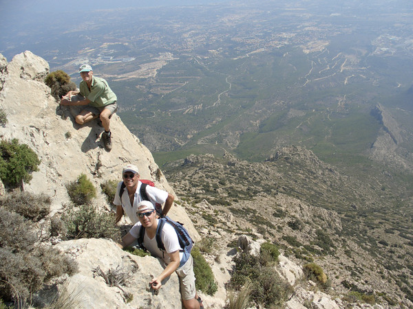 Vic, Alfred and Albert on The Puig route Alvi