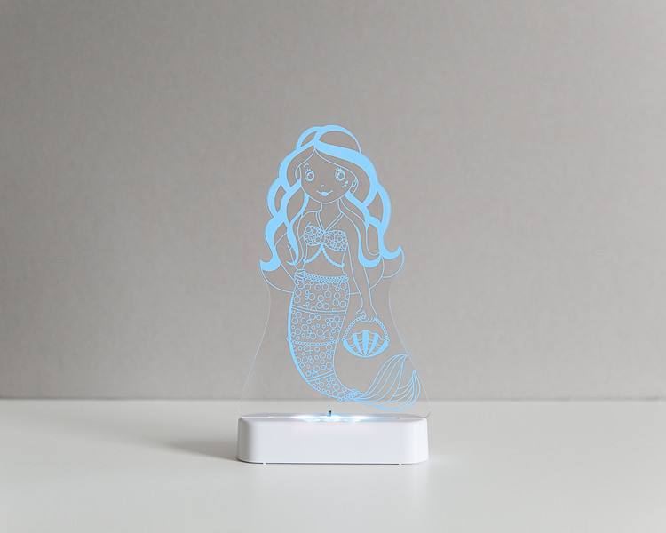 Aloka_Nightlight_Product_Shot_Mermaid_White_Bluesky.jpg