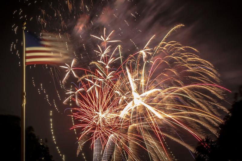 Fireworks Oakley '19-6.jpg