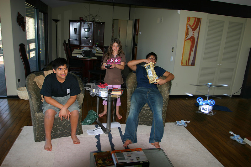 Anisa flying the R/C helicopter. It is on the right, and so much fun!