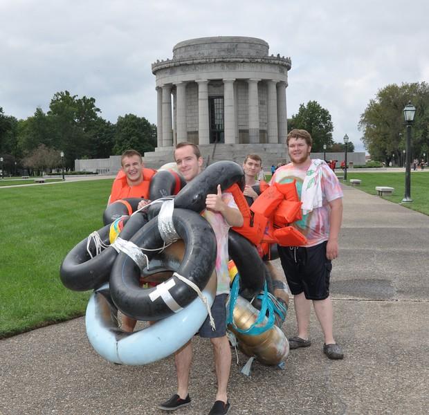 160917 Family Weekend Tube Race teams in front of Clark Memorial (1).JPG