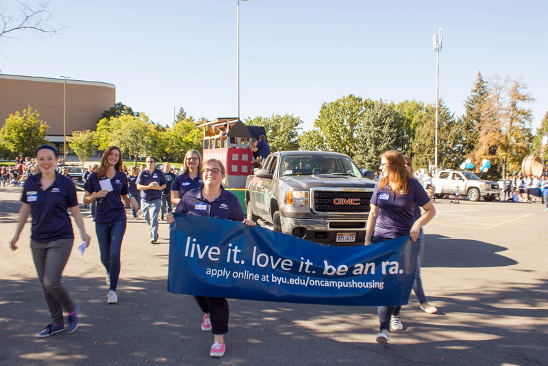 2015_10_10_Homecoming_Parade_7669.jpg