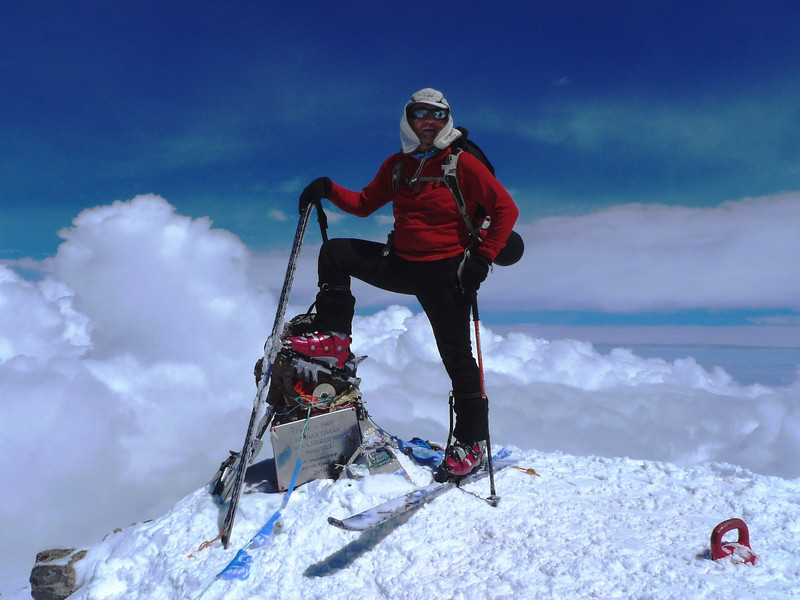 The first Bosnian on skies on the roof of Europe - Elbrus (5.642m).