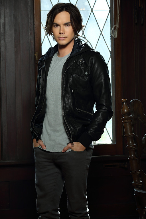". RAVENSWOOD - Tyler Blackburn stars as Caleb Rivers on ABC Family\'s \""Ravenswood.\"" (ABC FAMILY/Bob D\'Amico)"