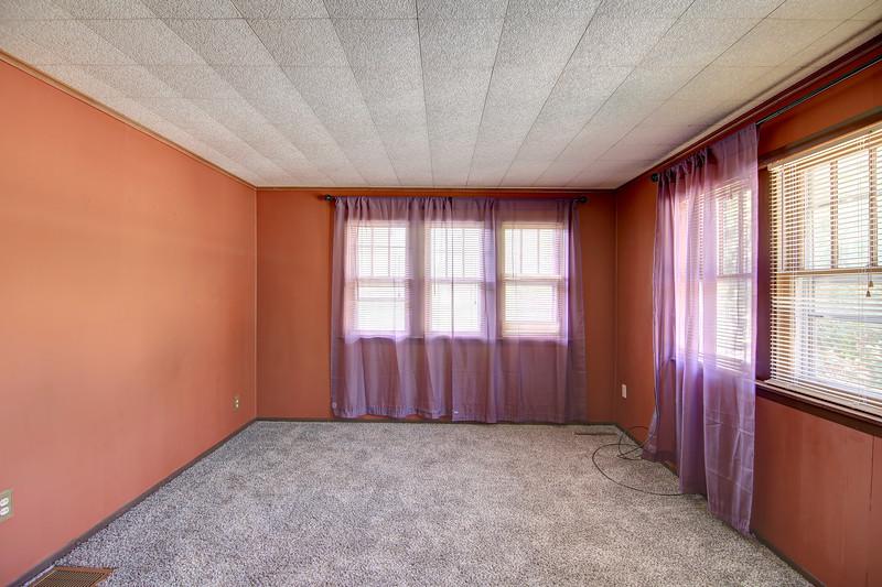 Master Bedroom1aa.jpg