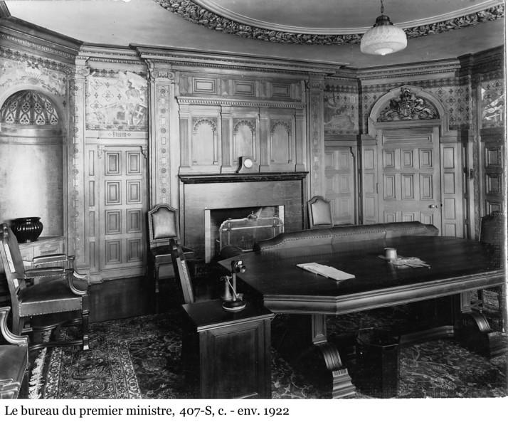 The Prime Minister's office - Le bureau du premier ministre, 407-S, c. - env. 1922