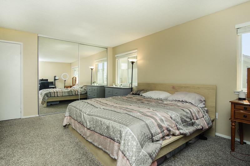 M bed (1 of 2).jpg