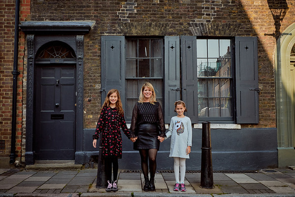 Family Vacation Photo Shoot in Shoreditch London