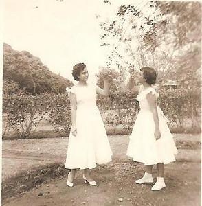 Isaura e Constaça (Néné) Brito - filhas do Manuel Brito e irmas do Palma Brito