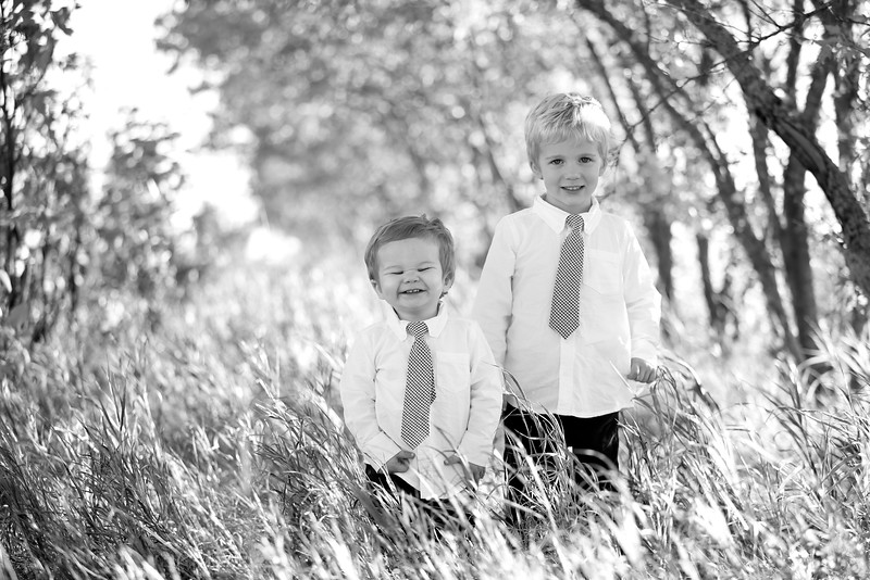 11bw Jacob+Wyatt | Nicole Marie Photography.jpg