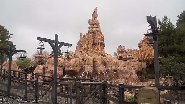 Disneyland Resort, Disneyland, Frontierland, Big Thunder Mountain Railroad, Big Thunder