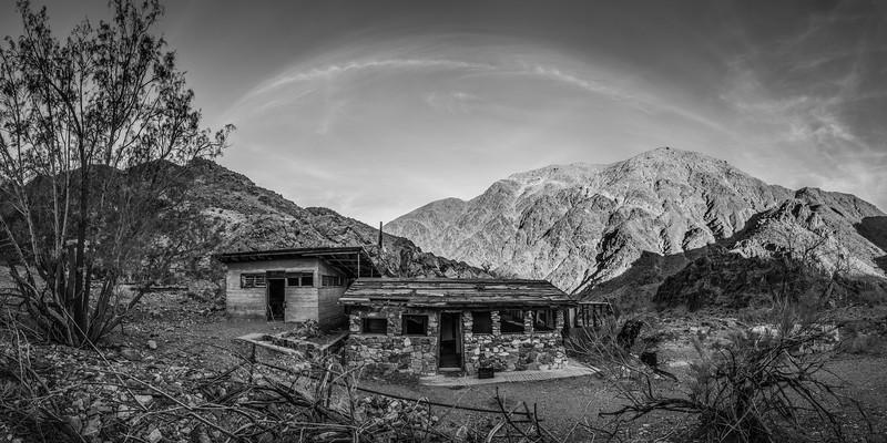 111-Death-Valley-Mountain-Cabins.jpg
