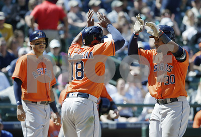 astros-topple-mariners
