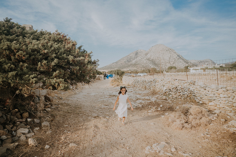 Tu-Nguyen-Destination-Wedding-Photographer-Naxos-Videographer-Claire-Nick-142.jpg
