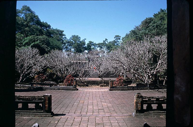 VietnamSingapore1_050.jpg