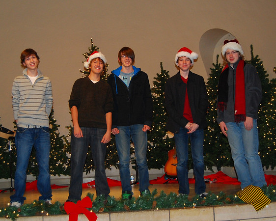 "Cantus ""Away In A Manger"" 11/28/09"