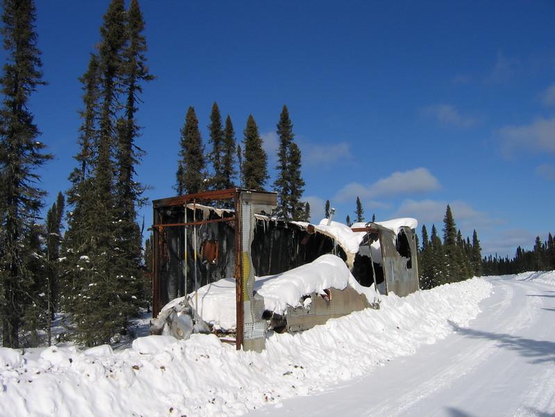 IMG_2759_winter_road_burned_trailer_resize.JPG