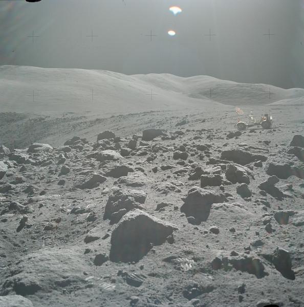 AS17-145-22161HR.jpg