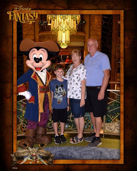 403-124148240-Classic CL Mickey Pirate 4 MS-49544_GPR.jpg