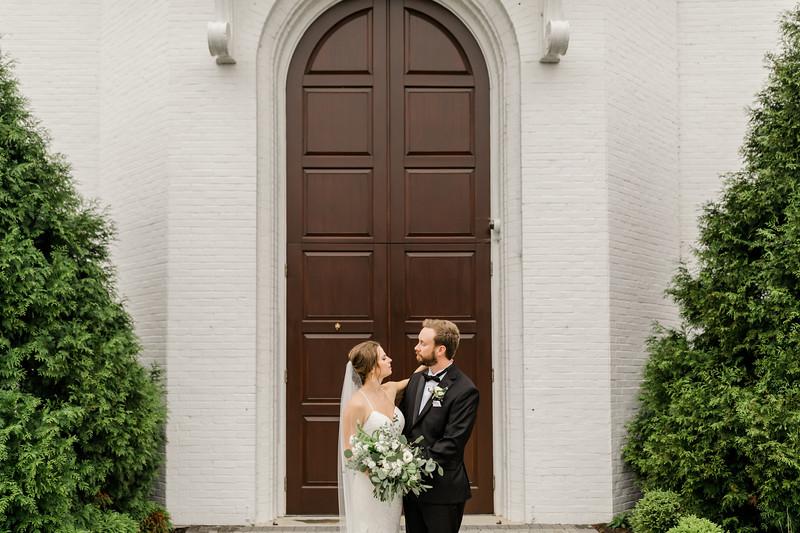 422_Ryan+Hannah_Wedding.jpg