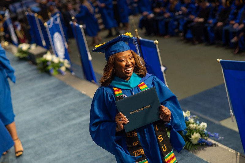 May 12, 2018 commencement -0801.jpg
