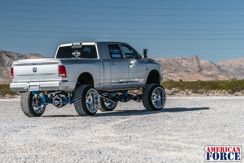 Ridin'-High-Silver-Dodge-Ram-161105-DSC02720-1.jpg